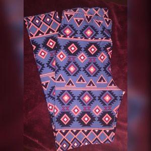 Lularoe leggings -tribal print - OS